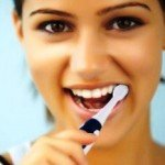Как выбрать электрическую зубную щетку?