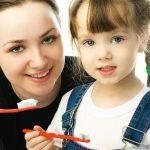 Уход за зубами детей: правила гигиены полости рта
