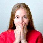 Зубной камень — основная причина неприятного запаха изо рта