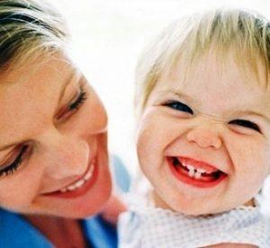 Лечение молочных зубов у детей, запах изо рта