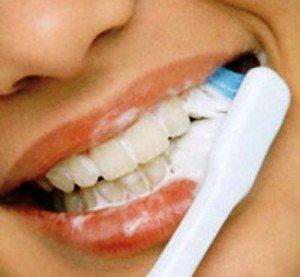 Отбеливающие зубные пасты, что это и как это работает