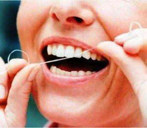 Зубные нити – эффективная помощь в здоровье десен