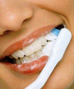 Зубные пасты  с натуральными компонентами: в чем секрет?
