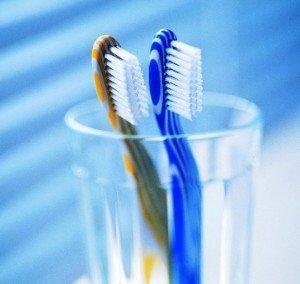 История учит, как правильно подобрать зубную щетку