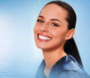 Отбеливающая зубная паста – универсальное средство по уходу за зубами