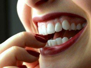 Отбеливание зубов: какой метод выбрать?