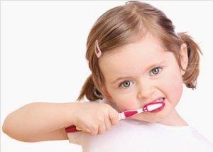 Победить кариес поможет правильный уход за полостью рта