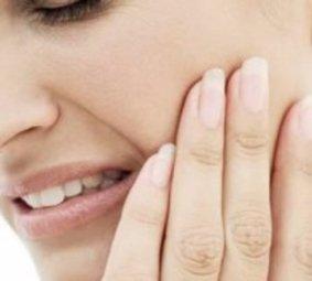 Чувствительные зубы? Выбираем пасту тщательно