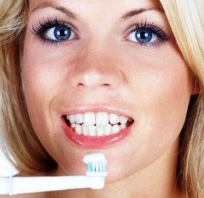 Гигиеническая чистка зубов: что необходимо знать