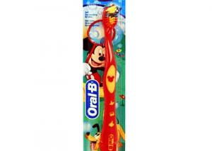 Детская зубная щетка: нюансы использования