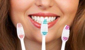 Зубная щетка, выбранная правильно, пресечет заболевания десен на корню!