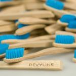 Бамбуковая зубная щетка Revyline