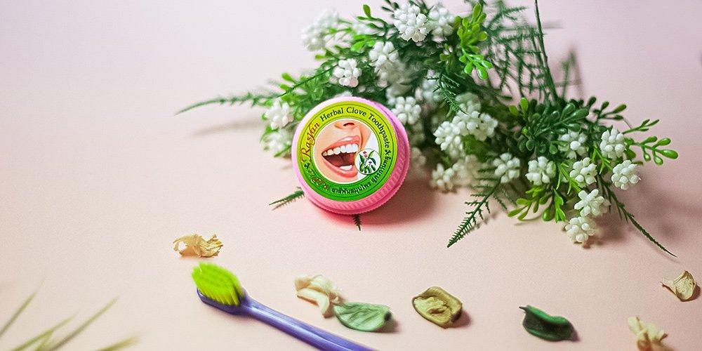 Herbal Clove Toothpaste Whitening Teeth
